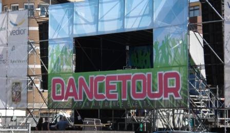 dancetour.jpg